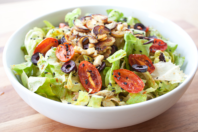 Sauteed Hearts of Palm, Grape Tomato, and Kalamata Olive Salad with Sun Dried Tomato Dressing